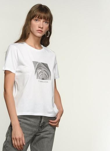 NGSTYLE Kadın Baskılı  Tişört NGKSS21TS0038 Beyaz
